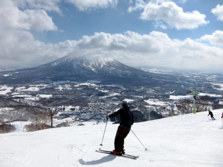Why You Should Schedule Your Next Ski Trip in Japan